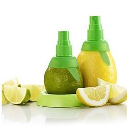 Spray de plástico de limão on-line-Pulverizador de limão Pulverizador Criativo Suco Juicer Névoa Laranja Fruta Gadget Pulverizador Espremedor De Plástico Ferramentas De Cozinha De Cozinha