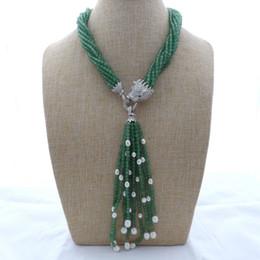 Weiße perle grüne jade halskette online-Charming 8Strands weiß Süßwasserperlen grün Jade Halskette Micro Inlay Zirkon Zubehör der Leopard Kopf Verschluss Quaste Anhänger lang 45cm