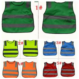 équipement des garçons Promotion 5 couleur Kids Proof Vestes avec poches réfléchissantes Veste en tissu Enfants Garçons Filles Patchwork Gilet Équipement de sécurité