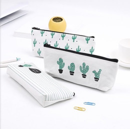 Cm cosméticos online-Bolsa de lápices de cactus Vendaje pastoral Lienzo Estuche de lápices planta Bolsa de maquillaje Cremallera Bolsa de cosméticos 21 * 9 cm