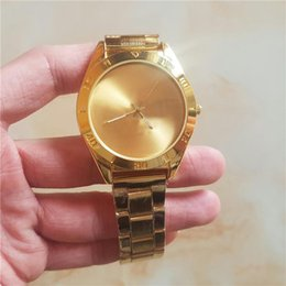 Wholesale ladies clover watch - AD Clover 3 Leaf Grass Golden Ladies Dress Quartz Watch, Female Males Sports Casual Wristwatch silicone Brand Clocks without box