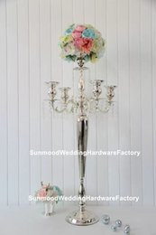 Hermoso jarrón de decoración online-Venta al por mayor hermoso florero alto de metal florero paited centro de mesa de boda para bodas decoración