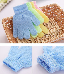 Wholesale resistance body - 1 Pcs Shower Gloves Exfoliating Wash Skin Spa Bath Gloves Foam Bath Skid Resistance Body Massage Cleaning Loofah Scrubber DDA547
