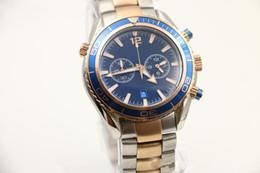 Lunette de plongeur en Ligne-Luxe2 Styles Mens Sport Diver Montre montres mouvement à quartz montre-bracelet 007 montres-bracelets préférés rotatif lunette deux tons acier bande