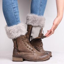 2019 peúgas de pele botas mulheres Moda Perna De Pele Warmers Mulheres Crochet Malha Boot Cuffs Inverno Quente Polainas Toppers Curto Meias de Inicialização 8 cores desconto peúgas de pele botas mulheres