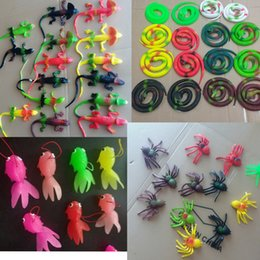 Wholesale Funny Jokes Halloween - Simulation Toy Fake Snakes Spider House Lizard Rubber Goldfish Funny April Fool Joke Funny Gags Trick Toys Novelty Halloween Gift AAA120