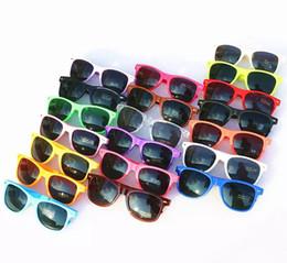 Wholesale Sun Glasses For Kids - 20pcs Wholesale classic plastic sunglasses retro vintage square sun glasses for women men adults kids children multi colors