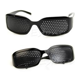 7022748ec6  LvDing  Stenopeic Occhiali Visione Anti-fatica Cura della vista Improver  Pin Pinhole Glasses sconti occhiali da affaticamento