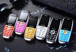 Teléfonos celulares rey online-Nuevo teléfono con barra de caramelo, mini teléfono celular para niños, teléfono de bolsillo QQ para estudiantes, rey de la voz nuevo genuino