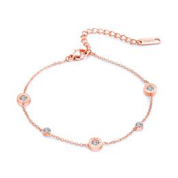Pie de la cadena del rhinestone online-Pulsera de mujer Conjunto de números romanos de diamantes de imitación pastel redondo tobilleras para niñas Pulsera de acero de titanio para mujer Cadena de oro rosa para el pie