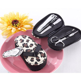 Wholesale Flip Flop Sets - Wholesale- Free Shipping Wedding favors and gifts Leopard Dot Flip flop manicure set Wedding decoration gifts Birthday gifts