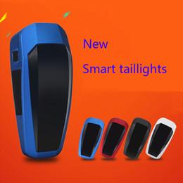 Interruptores de luz de bicicleta online-Bicicleta Smart Tailight Cycling USB Chargeable Safe Light Todas las luces traseras inteligentes Bicycle Brake Light Automatic Switch