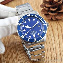 Reloj deportivo cuero azul online-2019 venta caliente Pelagos Reloj 25600TB Automático Acero inoxidable Aceros / correa de cuero Negro / AZUL Dial Deporte Hombres Hombres Relojes Relojes