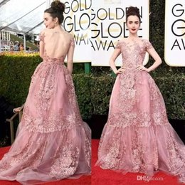 pizzo di giglio Sconti 2019 I più nuovi 74 ° Golden Globe Awards Lily Collins Zuhair Murad Celebrity Prom Dresses Sheer Backless Pink Lace Appliqued Red Carpet Gowns