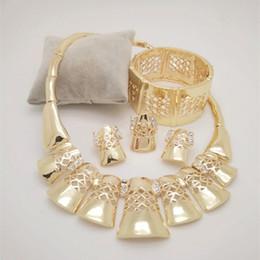 6ecba23703 2019 bisutería grande Kingdom Ma Conjuntos de joyas al por mayor Dubai Gold  Color Jewelry plateó