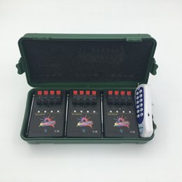 Беспроводной пульт дистанционного управления 12 онлайн-12 Cue Wireless Fireworks Оборудование для системы управления огнем + пульт управления оборудованием для управления огнем + Программируемый пульт + Свадебная система