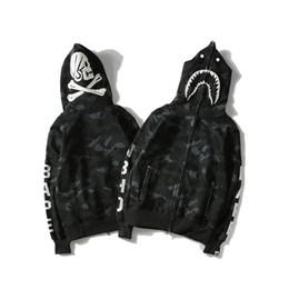 Cráneos de la ropa de las mujeres online-Comercio de alta calidad al por mayor marca de la onda de la onda de la cabeza del tiburón Skull Skeleton ropa oscura de los hombres negro casual desgaste Mens Women Shark Hoodies