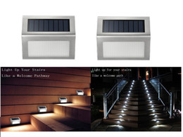 luces de energía solar pasos Rebajas 2Pack Solar Deck Lights, 3 LED Solar Powered Step Lights Iluminación exterior de acero inoxidable para Steps Paths Patio Escalera Auto On / Off a prueba de agua
