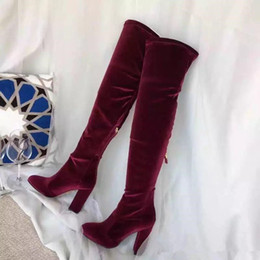 Scarpe rosse lunghe da donna online-Wine Red Black Blue Velvet Women Over Knee High Boots Autunno Inverno Ladies Runway Long Boots Scarpe da moto Stivali da donna Martin Mujers