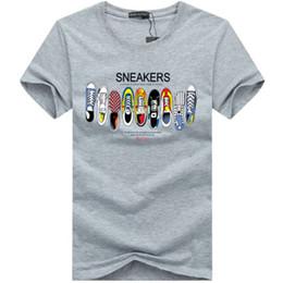 136d559dc Designer Camisetas Mens T Shirts Top Quality Nova Moda Maré Sapatos  Impressos Homens Camiseta Camisetas Tops T-shirt Dos Homens Várias Cores  Selecionáveis