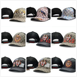 Wholesale Luxury Hats For Women - High quality fashion new style Baseball Caps Curved visor Casquette gorras ball cap Adjustable sports hats for men women bone Luxury hats
