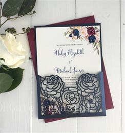 Invitaciones de boda de lujo online-Elegante invitación de boda con corte láser, tarjeta de boda floral, invitación de fiesta de la marina de guerra, invitación de boda elegante, tarjeta personalizada gratuita