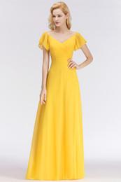 Playa de verano amarillo gasa vestidos de dama de honor largos para bodas en el campo una línea de cuello en V pliegues vestido de invitados de la boda largo BM0037 desde fabricantes