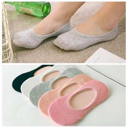 08e5d745697 Women Socks Solid Color Invisible Socks Female Ladies Girls Short Sock  Slippers Summer Thin Non-slip Boat Socks