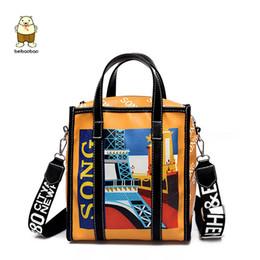 748d9c7940b26 Beibaobao 2018 Neue Frauen Taschen Große Eiffelturm Graffiti Damen Designer  Handtaschen Hochwertige Tasche Frauen Messenger Bags Für