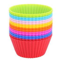 Tazas de muffins online-Envío gratis de silicona Cupcake Liners Molde Muffin casos forma redonda taza de herramientas de pastelería para hornear pastelería herramientas de pastelería molde
