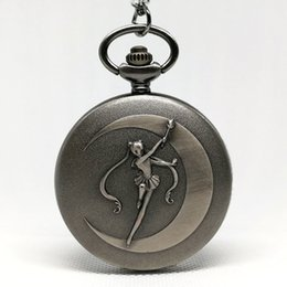 2019 luna azul marinero Moda gris Sailor Moon Anime Cartoons Blue Dial Reloj de bolsillo de cuarzo Analog Pendant Necklace Girl Lady Womens Relojes de regalo Nuevo luna azul marinero baratos