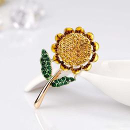 sun flower brooch Australia - Wholesale Lovely Sun Flower Pin Brooch Designer Brooches Badge Metal Enamel Pin Broche Women Luxury Jewelry Wedding Party Decoration