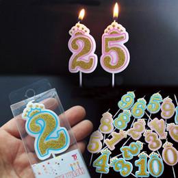 cuchillo de boda al por mayor conjunto Rebajas 1 Pc Shinning Golden Pink / Blue Crown Velas de cumpleaños para niños Niñas Niños Número de fiesta de cumpleaños Velas Decoraciones de pastel (0-9)
