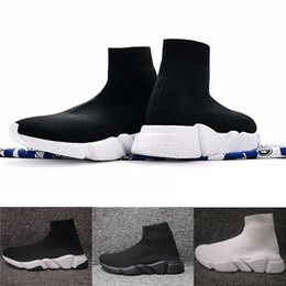 Wholesale increase knitting - New Hot Speed Sock High Quality Speed Trainer Running Shoes for Men and Women Sports Shoes Mens Womens Speed Stretch-knit Mid Sneakers