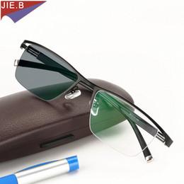 Descoloração dos óculos de sol on-line-Novo Design de Óculos de Leitura Fotocromática Homens Meia Orelha de Liga de Titânio Presbiopia Óculos de Sol Descoloração Óculos com Dioptrias