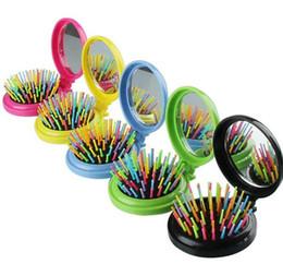 escovas de cabelo dobráveis Desconto Rainbow Folded Touring Escova de Cabelo Rodada Magia Detangler Hair Styling Ferramenta Escova de Cabelo Pente Com Espelho a395