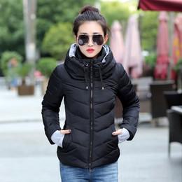 2018 mulheres com capuz casaco de inverno de algodão curto acolchoado casaco das mulheres outono casaco feminino inverno cor sólida parka stand collarY1882402 de