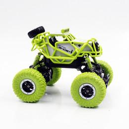 электрические зеленые автомобили Скидка JMT 1:43 Mini Climbing Car 2.4G Electric Remote Control Off-road Red/Green RC Toy Car for Kids