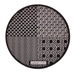 Immagini nette online-Scala Mermaid Net Stringhe Wave Nail Art Stamping Template Immagine Plate hehe005 Manicure Stencil Set per Nail Tools Stamping