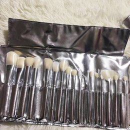 Wholesale Valentines Day Gifts Free Shipping - Kylie Brush Set Kylie silver brushes 16pcs Brush set best gift for Valentines Day shipping free