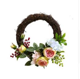 Guirnalda recortar online-Decoración casera simulada guirnalda artificial hecha a mano simulación corona de la guirnalda de la puerta de la guirnalda ajuste de la boda decoración del banquete de boda