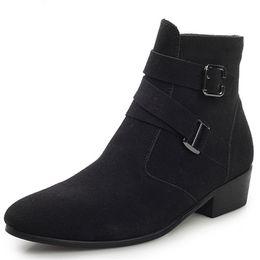 Zapatos de boda de invierno de piel online-Punta estrecha Aumentó Chaussure Homme Zapatos de invierno de cuero de moda Hombres Botas de trabajo de piel cálida Vestido de fiesta Fiesta de boda