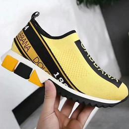 Zapatos de goma stretch tejido online-HOT Branded Sorrento Slip-on Zapatillas de deporte Moda Mujeres Suela de goma elástica Zapatos casuales Unisex Tela transpirable Lycra Plantilla de zapatos