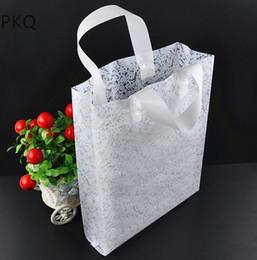 Bolsa de regalo de plástico blanco 100 unids / lote compras de ropa transparente bolsa de embalaje de regalo de regalo suministros de la fiesta de cumpleaños de boda 25x35 cm desde fabricantes