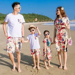 Wholesale Mom Son Outfits - New Beach Family Matching Outfit Cotton Mother Mom and Daughter Dress Clothes Father Son Clothing Sets Family Style Set 3XL CY83