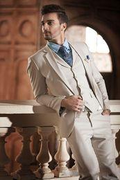 Wholesale italian wool men suit - Custom Ivory Slim Fit Men Suits 2018 Wedding Groom Tuxedos Italian Style Groomsman Suits (Jacket+Pants+Vest)Prom Business Wear