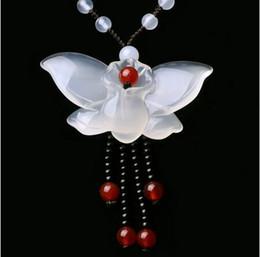 2019 silicone farfalla Gioielleria naturale Collana in midollare con giada naturale 5-6MM Pendente intagliato Farfalla Auguri fortunati Gioielli uomo donna