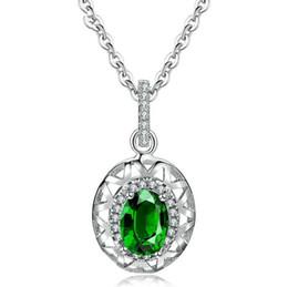 Canada Vente en gros bijoux personnalisé Diamant émeraude plaqué platine Vintage style folklorique dames collier Offre