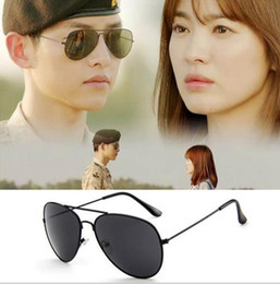 Wholesale Vision Bags - hot Sun glasses Women Men frog Sunglasses Classic Mirror Designers Holiday night vision goggles unisex glasses 52mm 60mm glitter 3025 a34