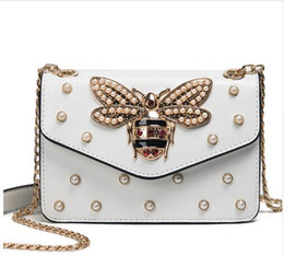 Wholesale Ladies Doctor Bag - Women Brand Desinger Rhinestones Bee PU Leather Shoulder Bag Small Crossbody Bag with Chain For Girls Ladies Bag Bolso Mujer 219